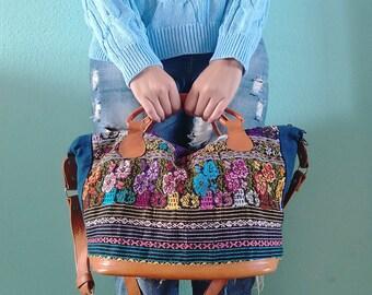 Boho travel leather bag *WEEKENDER CHIAPAS* Bolso de cuero bohemio-vintage, bolso de viaje, carpet vintage bag, bolso hecho a mano mexico