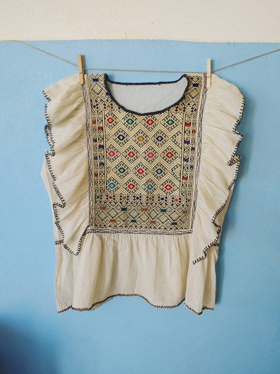 Handmade tunic blouse * SAN ANDRÉS * ivory, size M-L, ruffled sleeve, handmade, cotton, bohemian style, vintage Mexican blouse,