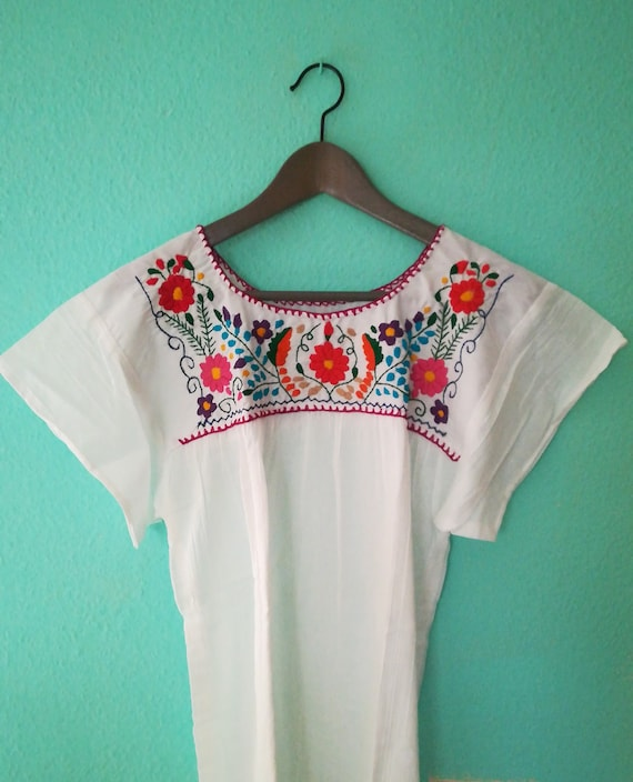 Type blouse hand embroidered huipil *CHILAC*Oaxaca T.M