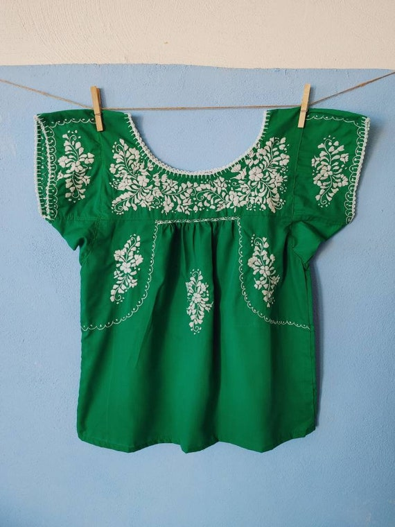 Tunic blouse * SAN ANTONINO * jade, size XS-S-M, bohemian blouse, vintage style, embroidered top, Mexican blouse, summer tunic, green top
