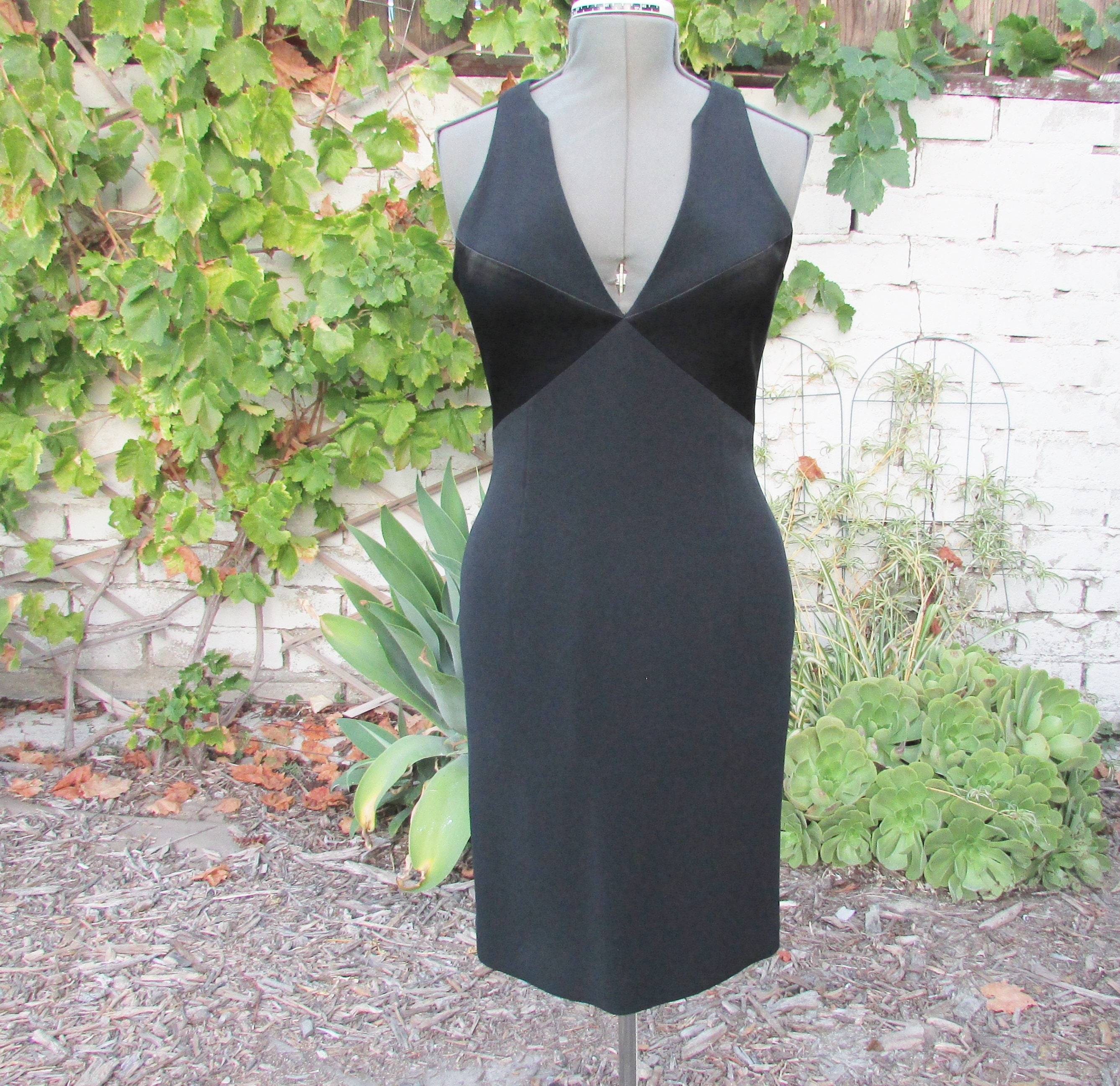 82d9cf32e43 Tahari Elegant Vintage Black Dress Tahari Evening Dress Size