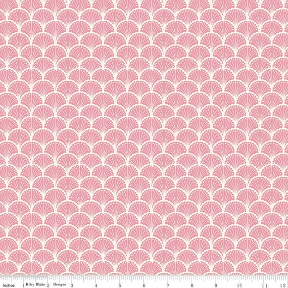 Stardust- 1/2 Yard Increments, Cut Continuously (C10502 Scallops Peony) Beverly McCullough for Riley Blake Designs