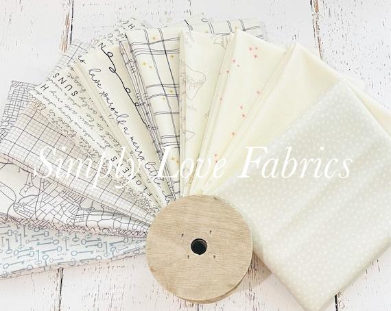 Fat Quarter Bundle (10 Fabrics) Cream Mixed Low Volume Fabrics with Cream Background