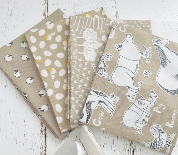 On the Farm -Fat Quarter Bundle (4 Fabrics Taupe) by Stacy Iset Hsu