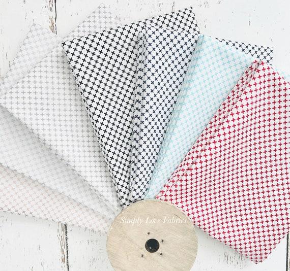 Kisses- Fat Quarter Bundle (7 Fabrics) Riley Blake Designs