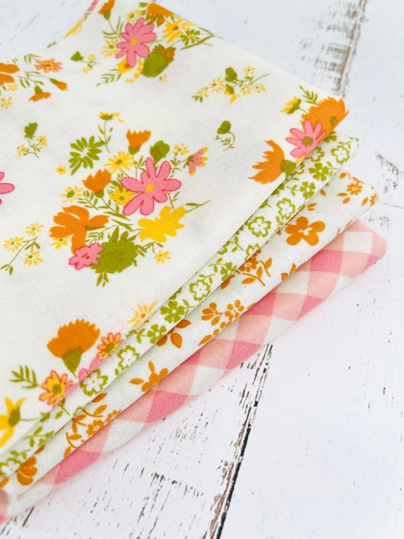 A Blooming Bunch- 1/4 Yard Bundle (4 Fabrics) by Maureen McCormick for Moda