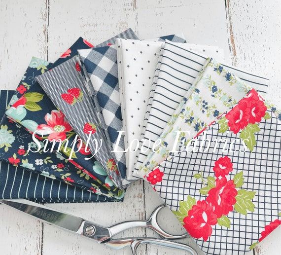 Sunday Stroll- Fat Quarter Bundle (9 Navy Fabrics) by Bonnie and Camille for Moda