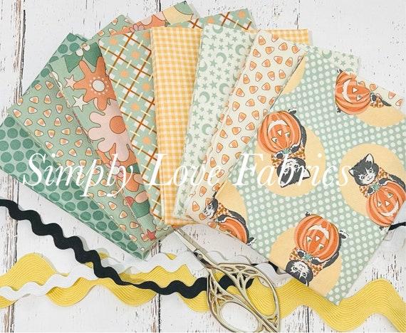 Kitty Corn- Fat Quarter Bundle (8 Fabrics Mint) by Urban Chiks for Moda