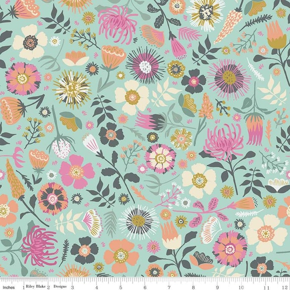Meadow Lane- 1/2 yard Increments, Cut Continuously- (C10120 Mint Main) by Sara Davies for Riley Blake Designs