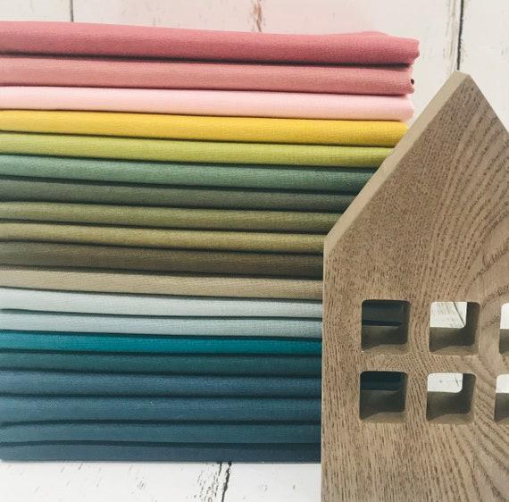 Fat Quarter Bundle (19 Fabrics) Confetti Cottons for Riley Blake Designs