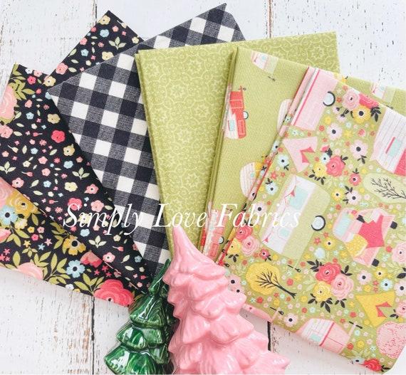Joy in the Journey- Fat Quarter Bundle- (6 Fabrics Green/Charcoal) by Dani Mogstad for Riley Blake Designs
