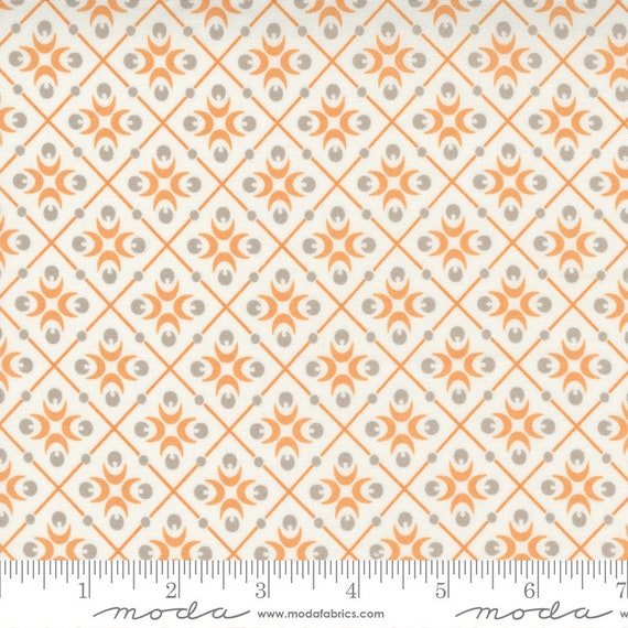 Pumpkins and Blossoms- 1/2 Yard Increments, Cut Continuously  (20423 21 Harlequin - Vanilla Pumpkin) by Fig Tree & Co. for Moda