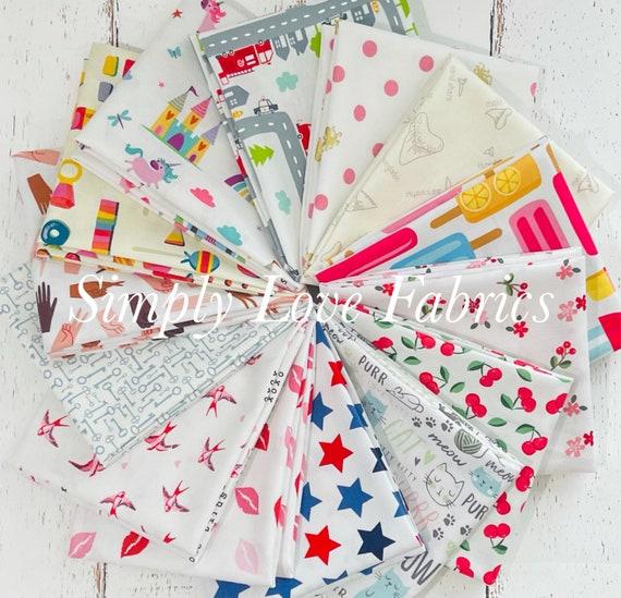 I Spy- Fat Quarter Bundle (14 Fabrics) Colorful Mixed Low Volume I Spy Fabrics