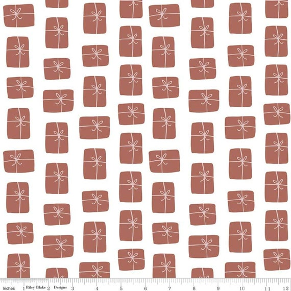Warm Wishes -1/2 Yard Increments, Cut Continuously - (C10784 White Packages) by Simple Simon and Company