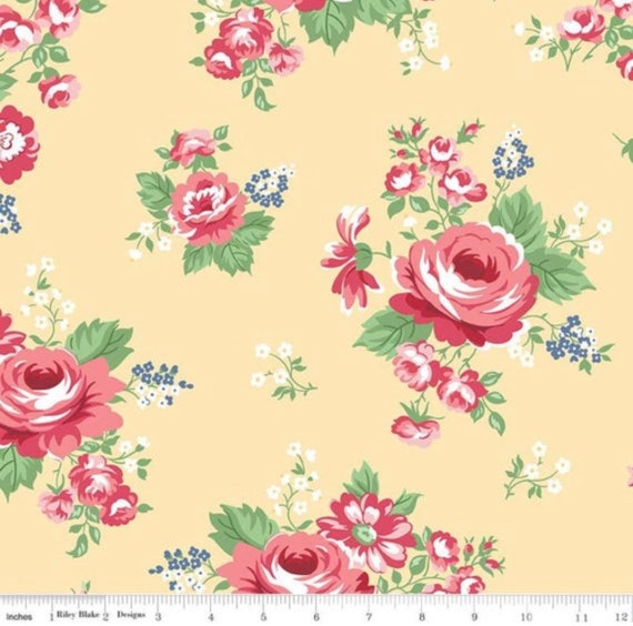 Notting Hill-1/2 Yard Increments, Cut Continuously (C10200 Yellow Main) by Amy Smart for Riley Blake Designs