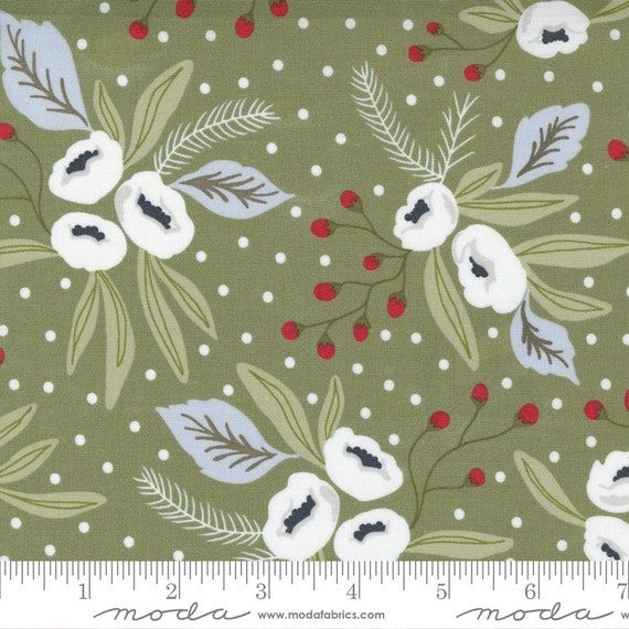 Christmas Morning- 1/2 Yard Increments, Cut Continuously (5140 15 Snow Blossoms - Pine) by Lella Boutique for Moda
