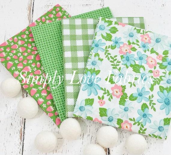 Summer Picnic - Fat Quarter Bundle (4 Green  Fabrics) by Melissa Mortenson for Riley Blake Designs