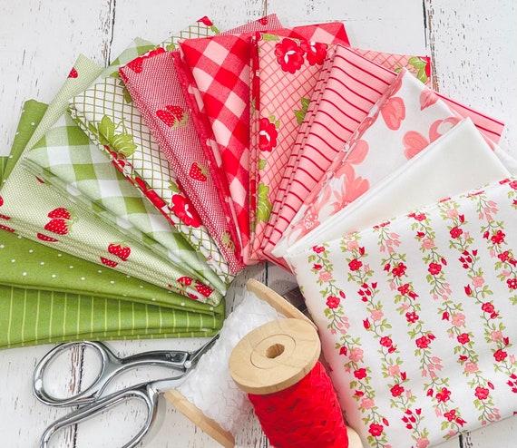 Sunday Stroll- Fat Quarter Bundle (12 Fabrics) by Bonnie and Camille for Moda