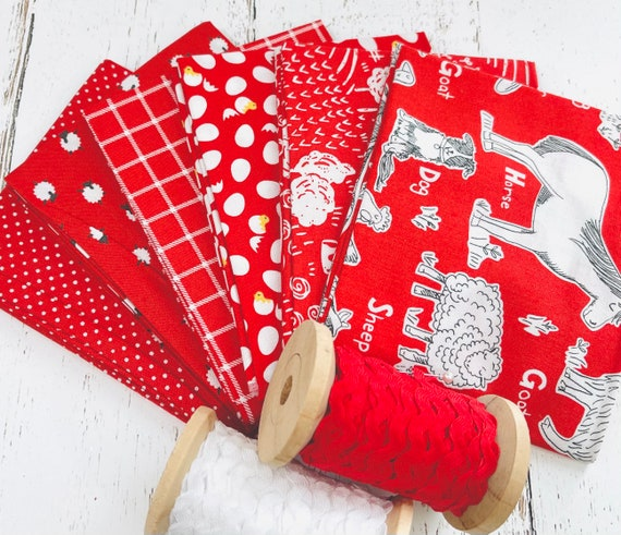 On the Farm -Fat Quarter Bundle (6 Fabrics Red) by Stacy Iset Hsu