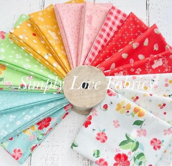 Strawberry Honey- Fat Quarter Bundle (16 Fabrics) by Gracey Larson for Riley Blake Designs-