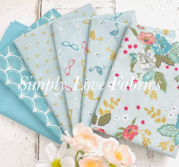 Stardust- Fat Quarter Bundle (6 Fabrics Blue) by Beverly McCullough for Riley Blake Designs