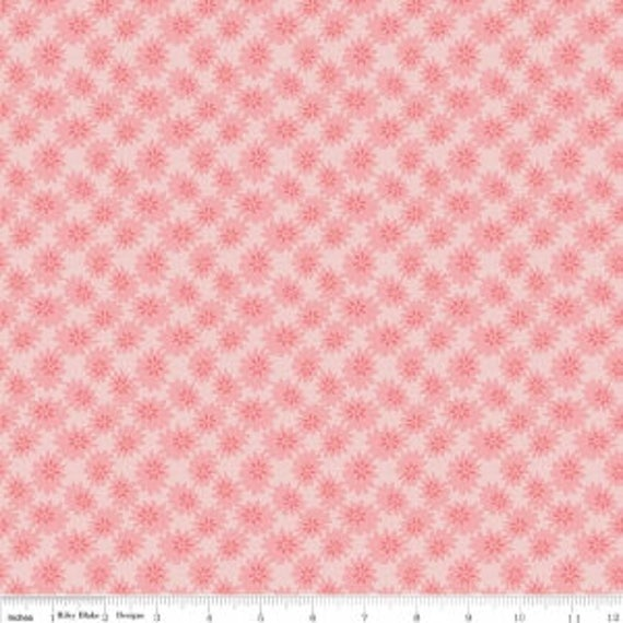 Linen and Lawn (1/2 Yard Increments, Cut Continuously) by Sue Daley Designs for Penny Rose Fabrics- LW6342 Pink Daisy