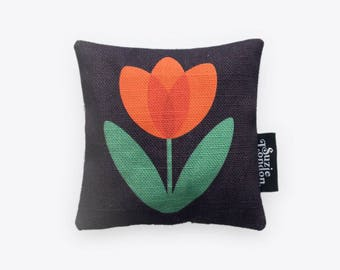 Red Tulip Lavender Bag in Midnight