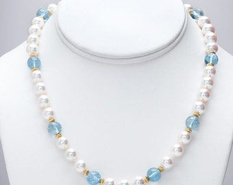Necklace with pearls and aquamarine