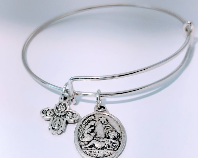 infant Jesus with Angel Medal Bangle| ChristmasGift| Catholic Gift| Christian Jewelry| Catholic Jewelry| Christian Gift