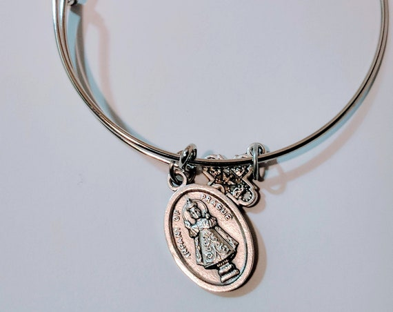 Infant of Prague Bangle| Saint Medal|  Christmas Gift|Patron Saint of| children|colleges|family life| foreign missions| good  finances|