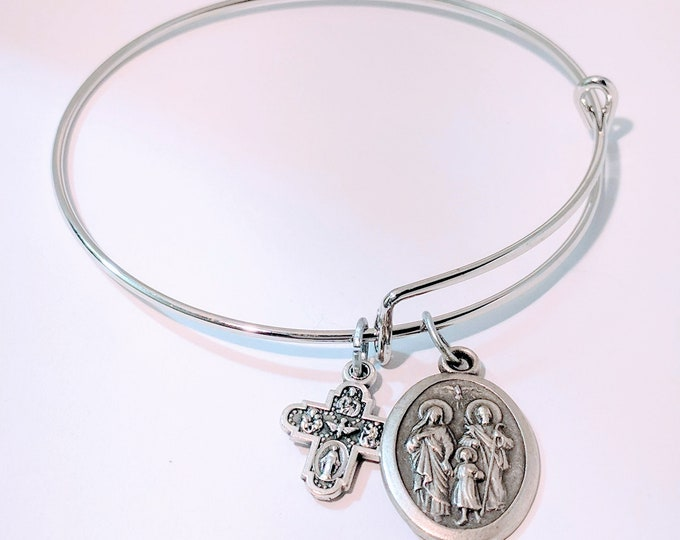 Holy Family Medal Bangle| Christmas Gift| Catholic Gift| Catholic Bangle| Catholic Jewelry| Catholic bangle| Christian Bangle