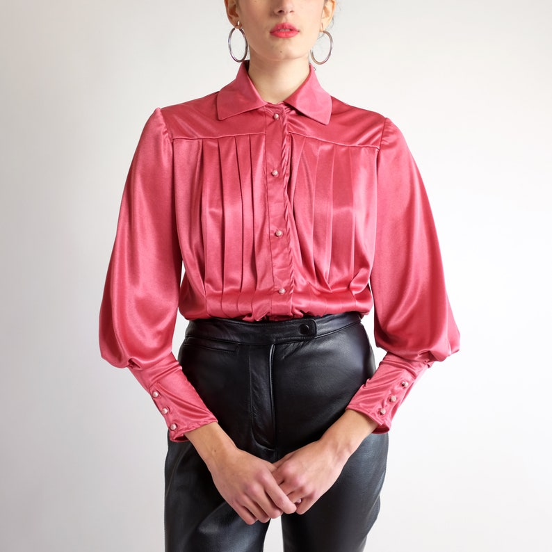 Romantic Dusty Rose Pink Top Bishop Sleeve Blouse Satin Long Sleeve Collared Shirt Vintage 70 80s Silky Puff Sleeve Poet Blouse