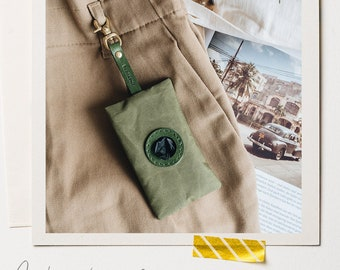 Dog poop bag holder with snaphook, grey, green, yellow, NOI, handcrafted in our family studio in Berlin, Germany