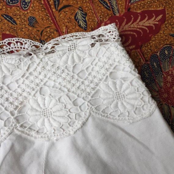Vintage Indonesian Camisole with Dutch Lace - image 4