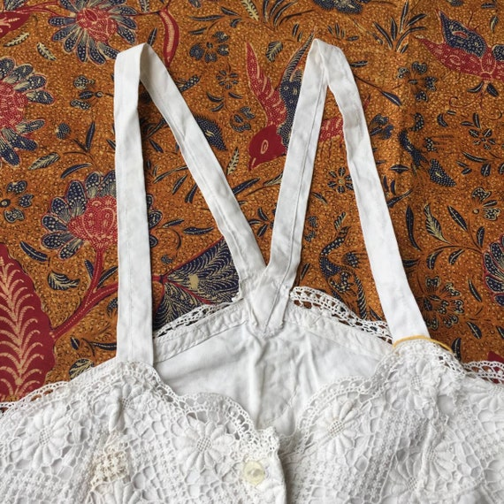 Vintage Indonesian Camisole with Dutch Lace - image 3