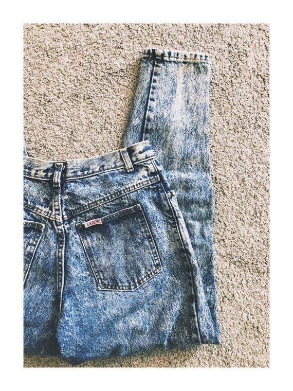 Vintage 1980s Acid- Wash Mom Jeans Bow Detail - image 6