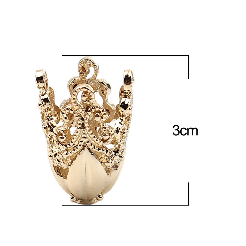 QTY 2 or 4 Gold Findings A103 Gold Plated Bead Cap Large Victorian End Cap 30 x 20mm Filigree Fast Ship USA Sari Silk Tassel Necklace