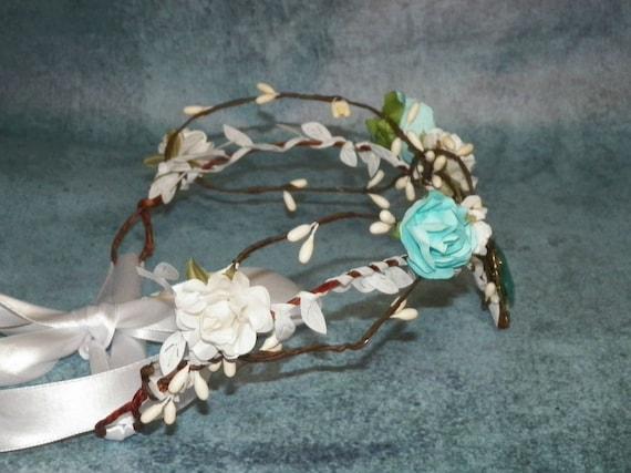 Blue Circlet Fairy Woodland Flower Headband Elven Medieval White Tiara Bridal Renaissance Costume Crown Bride Bridal Wedding Head Piece