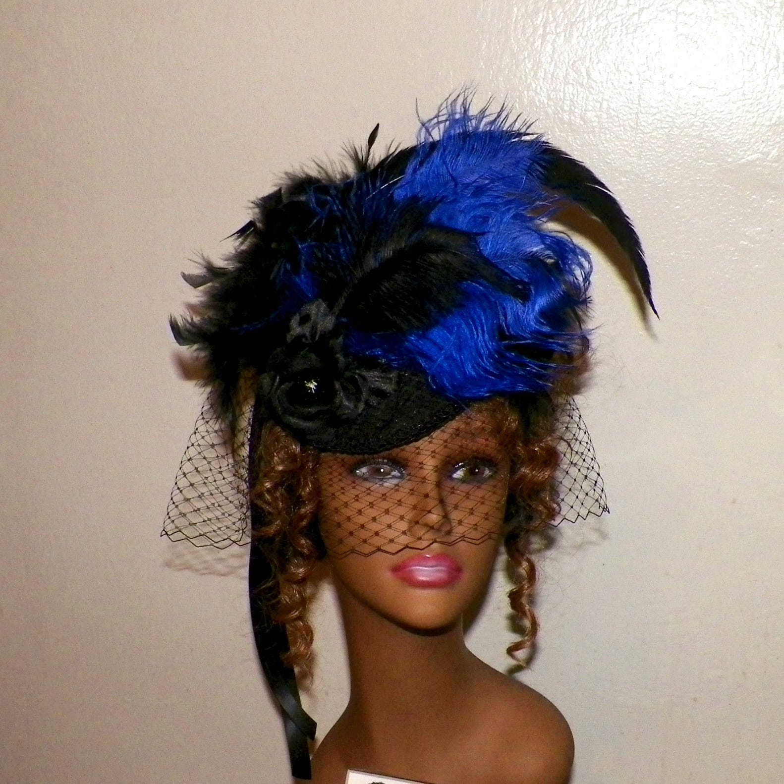 Gothic,Fascinator,Royal,Blue,Black,Victorian,Steampunk,Hat,Feather,Lolita,Headpiece,Old,West,Costume,Marie,Antoinette,Accessories,womans_hat,victorian_hat,Marie_Antoinette,gothic_headdress,gothic_headpiece,lolita_hat,gothic_fascinator,steampunk_hat,feather_headdress,black_fascinator,steampunk_fascinator,blue_hat,blue_fascinator