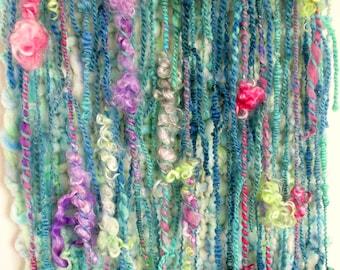 Wool wall hanging Art Yarn large woven tapestry Macrame Modern tapestry Wall art Handwoven wall hanging Wall accent OOAK  Boho home decor