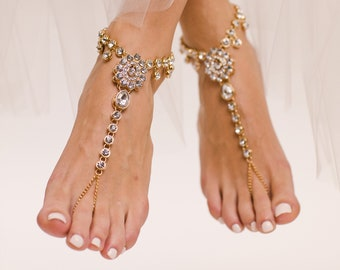 Barefoot Sandal for the Bride Gold ANklet Beach Wedding Shoes Foot Jewelry Foot Thong Barefoot Sandles BAre Sandals Beach Wedding Sandals