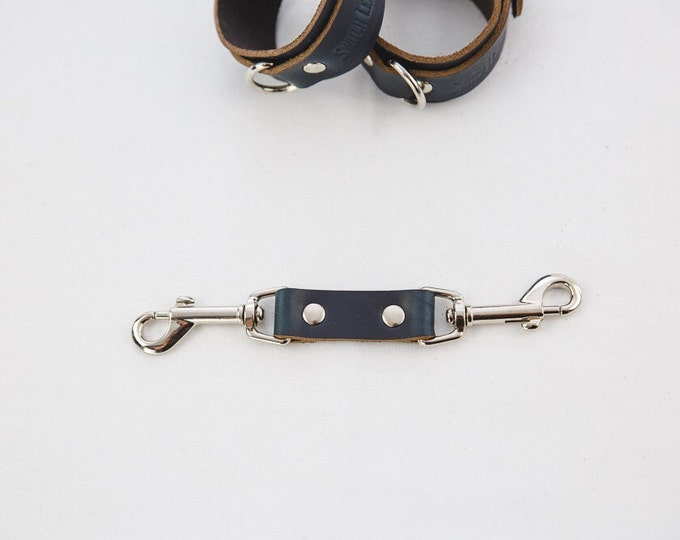 Switch Leather Co. Wrist cuff connector in Folsom Black