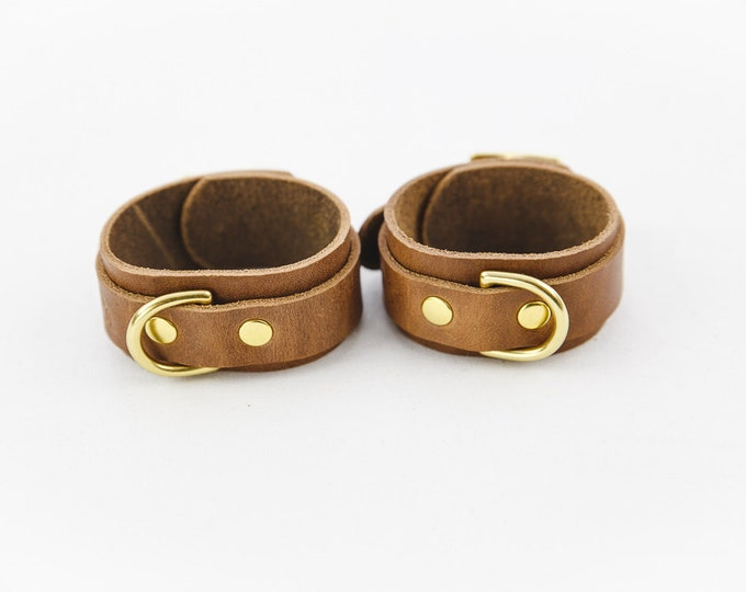 Switch Leather Co. Set of two ankle cuffs in Oak