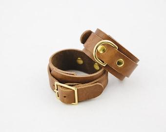 Switch Leather Co. Set of two wrist cuffs in Oak