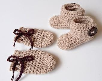 Handmade Woollen Crochet Newborn Baby Booties / Uggs and Mittens Set