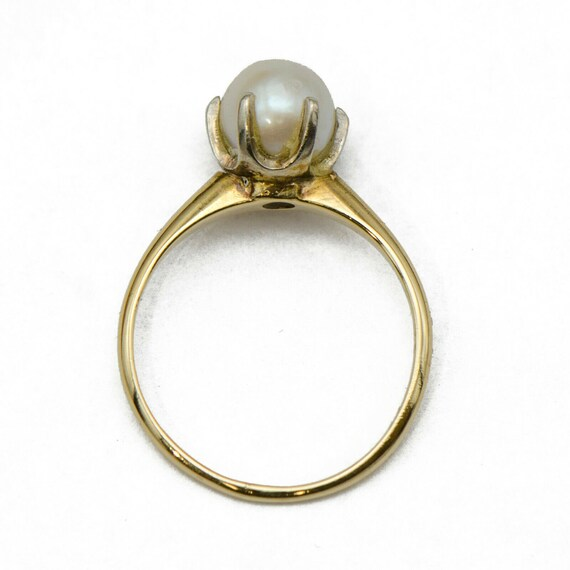 18k Gold Pearl Solitaire Ring - image 3