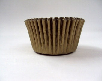 32 Gold Baking Cups