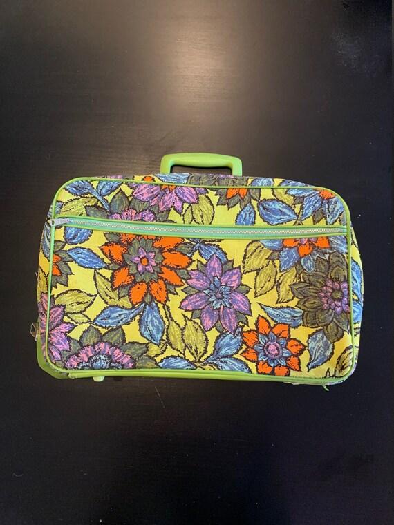 Vintage 1960-70's Montgomery Ward Suitcase