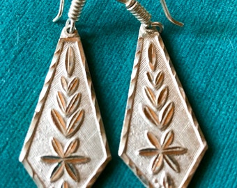 SALE***Sterling Silver Vintage Mexican Floral Dangle Earrings Marked