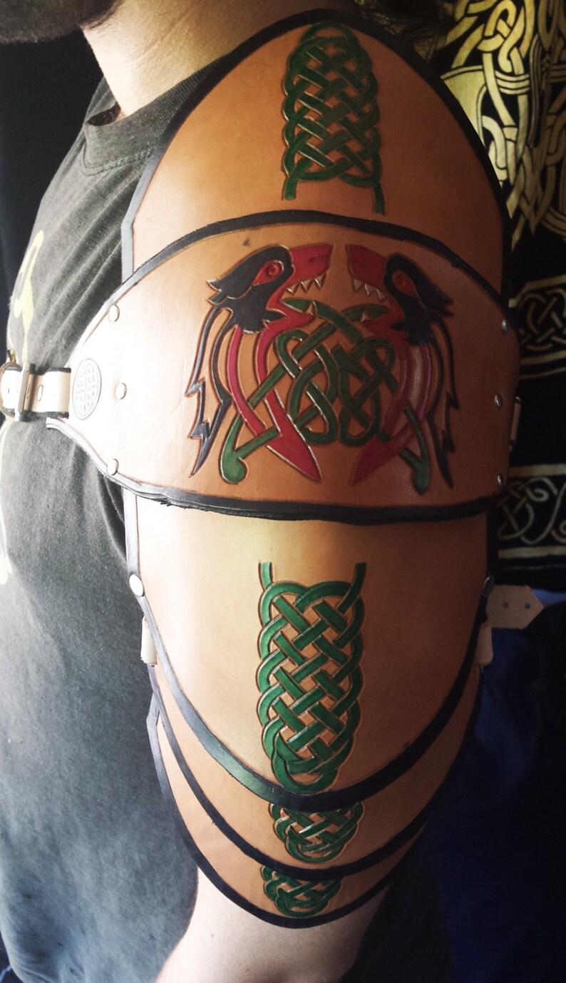 Celtic Warrior Leather Pauldron  spaulder